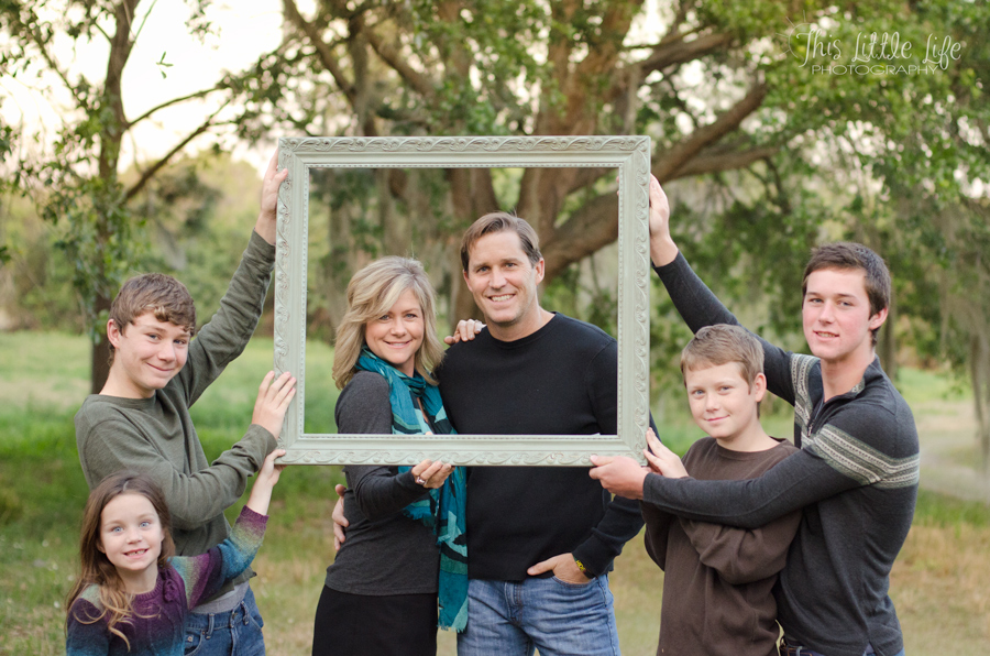 russell-family-frame-edit